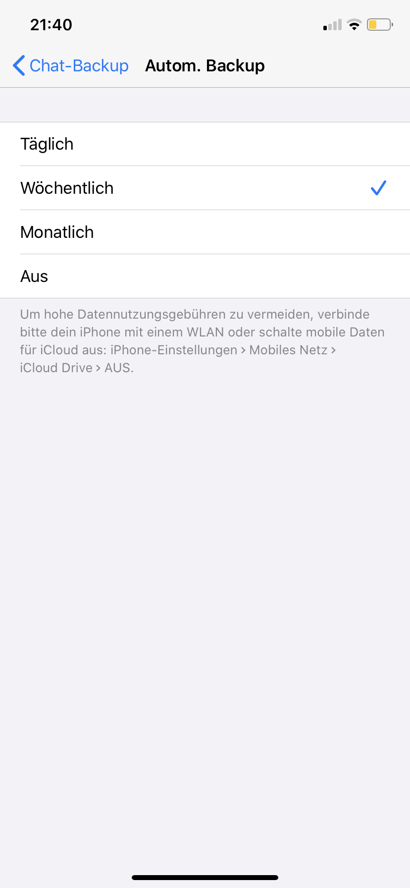 Screenshot: Automatisches Backup bei WhatsApp (iOS)